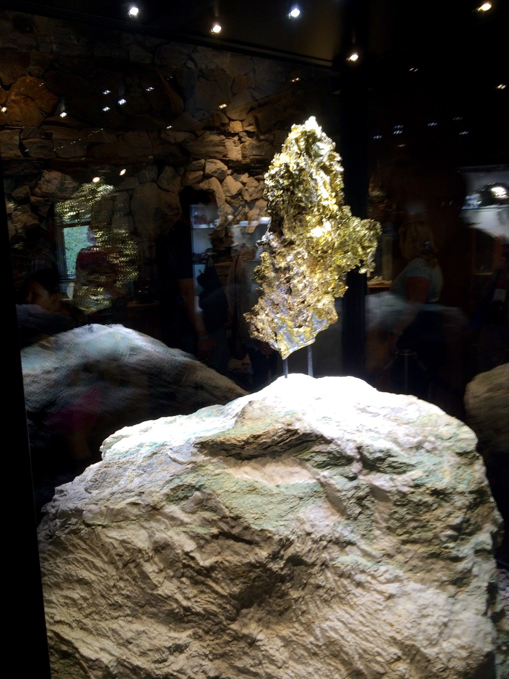 ironstone-gold-nugget