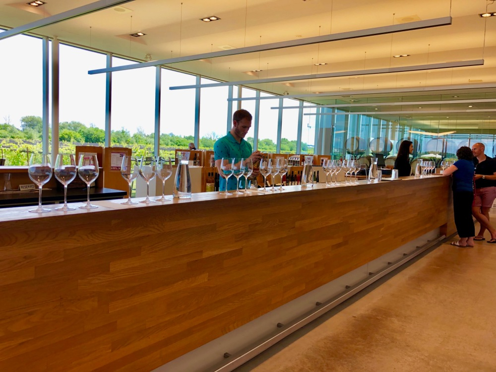 Southbrook Vineyards Tasting Room amustreadblog