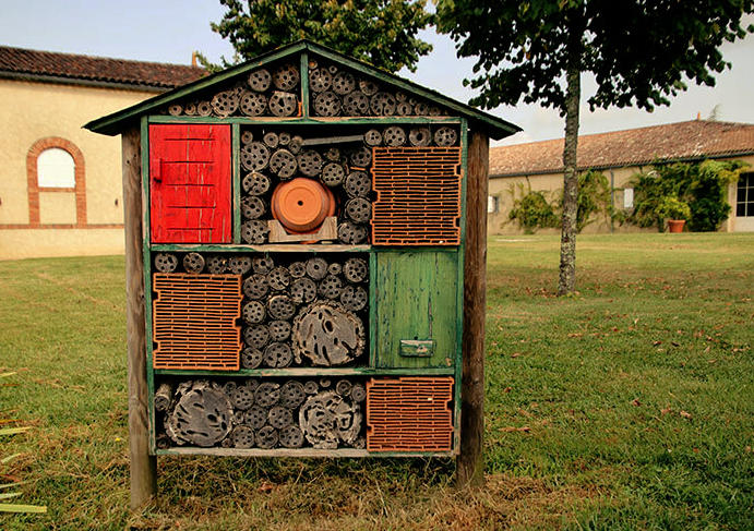 guiraud insect hotel